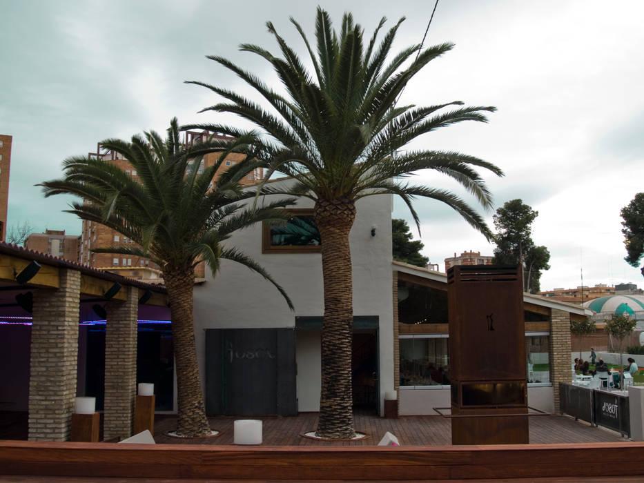 Terraza del Tosca: Locales gastronómicos de estilo  de garcia de leonardo arquitectos