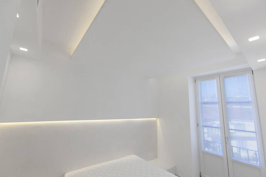 Cuartos de estilo moderno de Arch. Andrea Pella Moderno