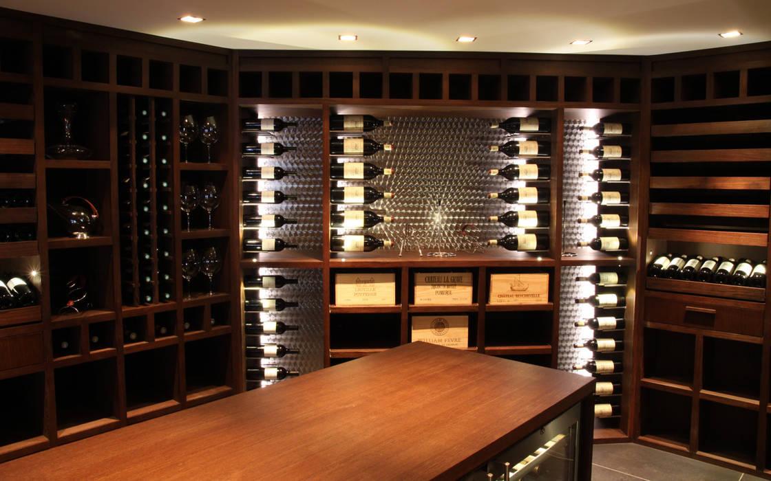 Bodegas de vino de estilo moderno de Degré 12 Moderno Madera Acabado en madera