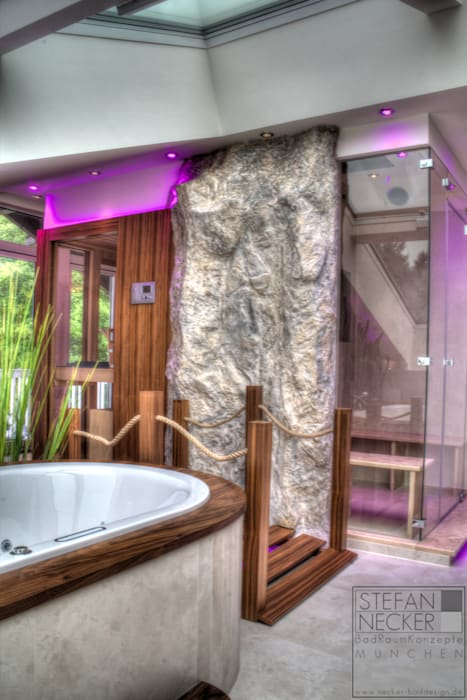 Wellness badezimmer im dachgeschoss: badezimmer von stefan necker ...