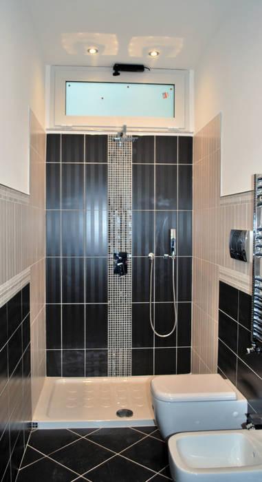 bathroom Bagno moderno di 'ArchIM&DE Project' - Arch. Vincenzo Di Natale - Moderno