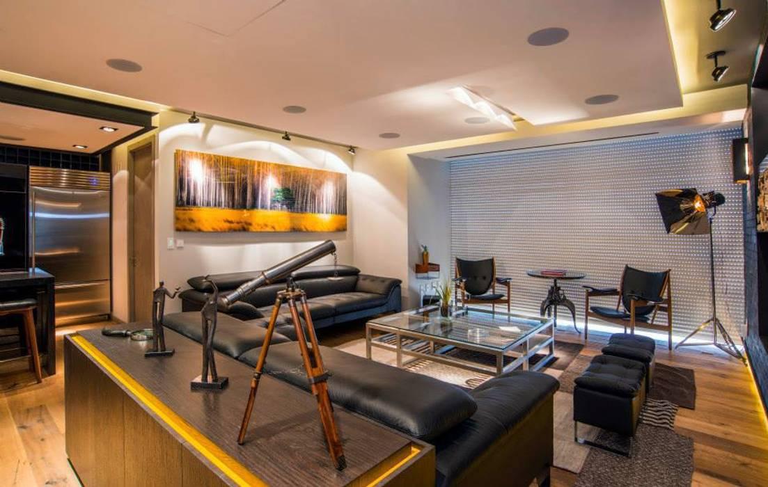 Veramonte I: Salas de estilo  por Sobrado + Ugalde Arquitectos,