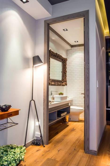 Veramonte I: Baños de estilo  por Sobrado + Ugalde Arquitectos,