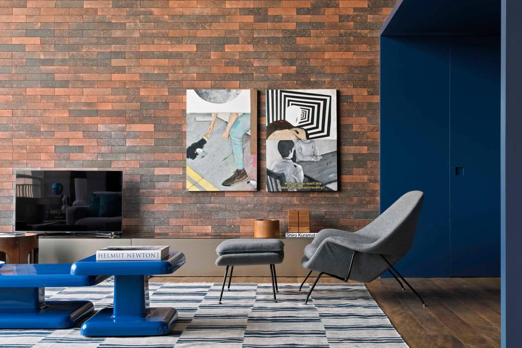 RS HOUSE :   por STUDIO GUILHERME TORRES,Moderno