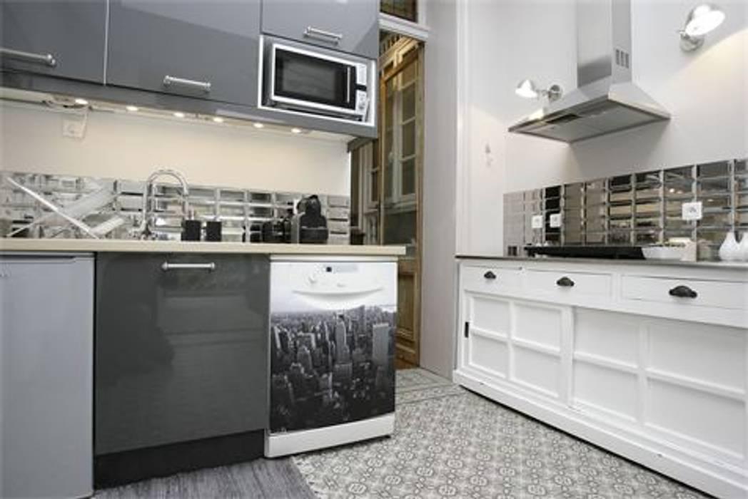 delphine clarisse Modern kitchen