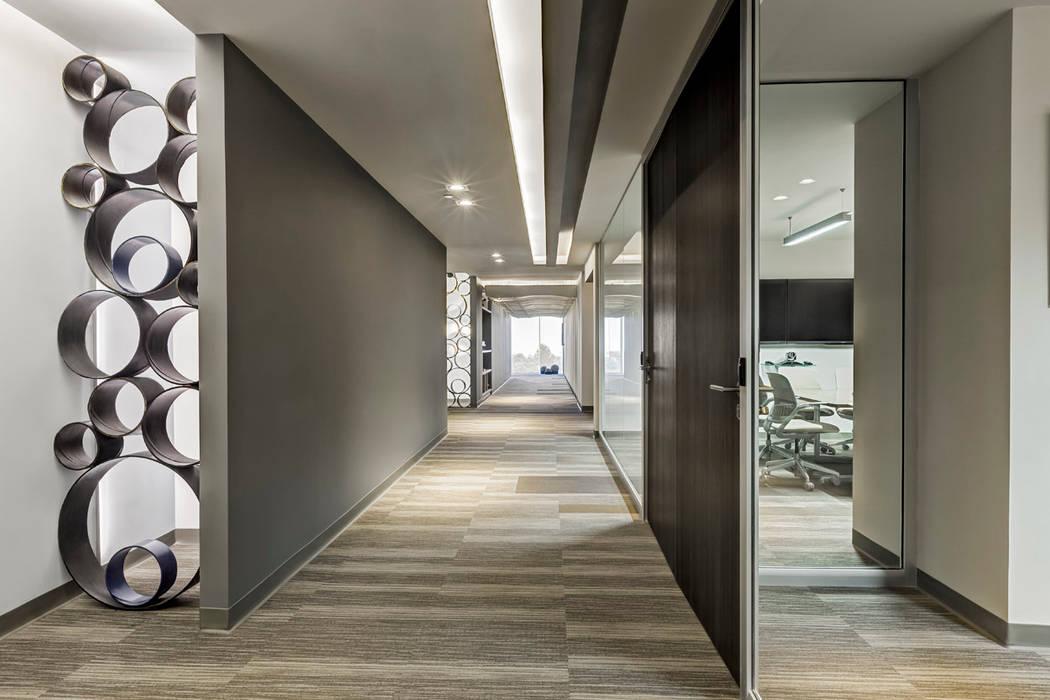 Grupo ITISA: Edificios de Oficinas de estilo  por usoarquitectura,