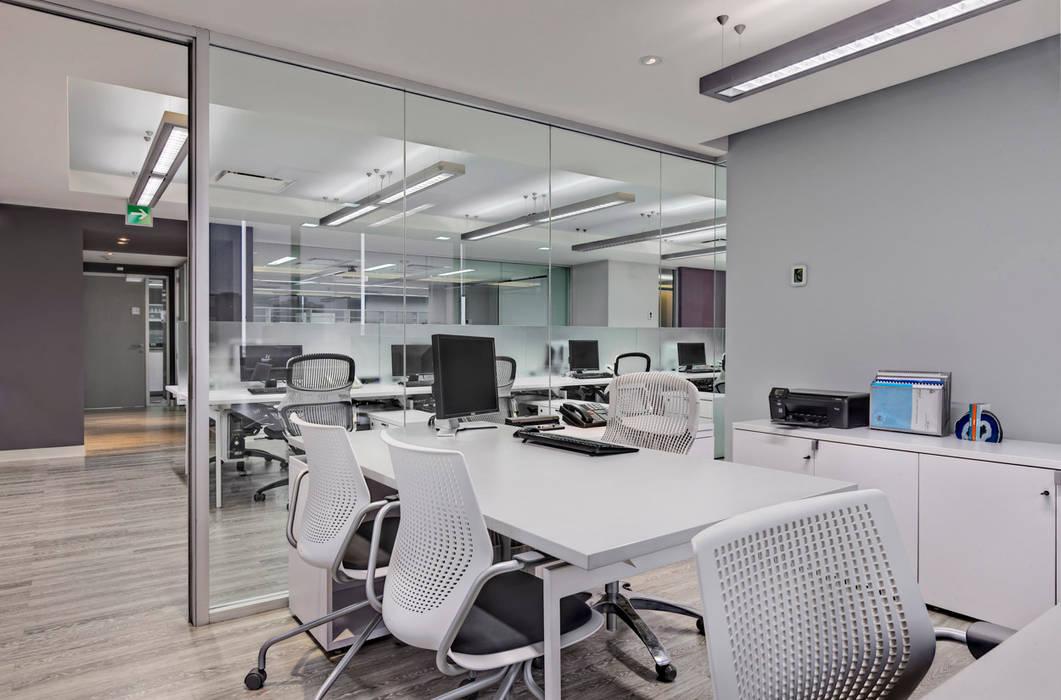 CRODA Estudios y despachos modernos de usoarquitectura Moderno