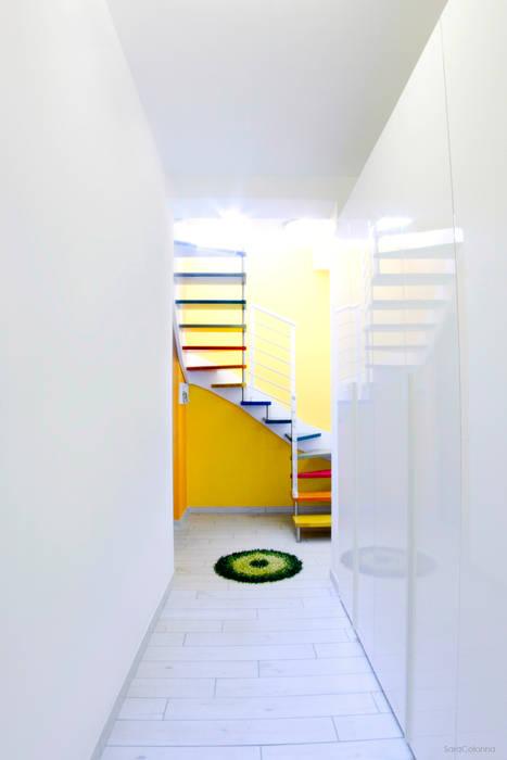 Vista dall'ingresso Ingresso, Corridoio & Scale in stile moderno di Studio tecnico associato 'Il Progetto' Moderno