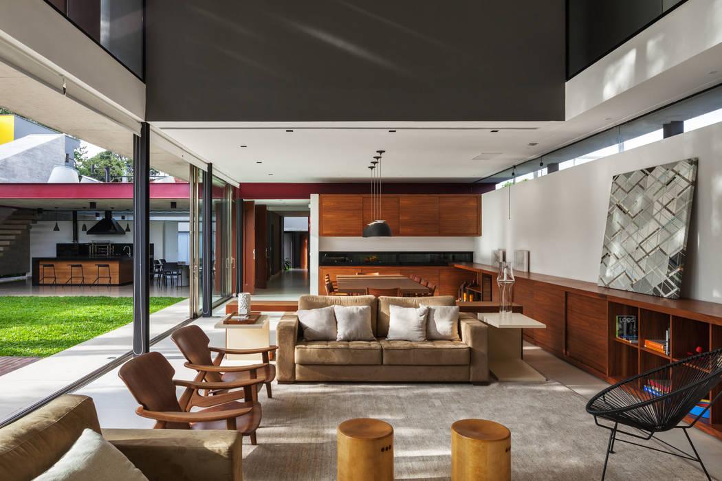 Salones de estilo moderno de FCstudio Moderno