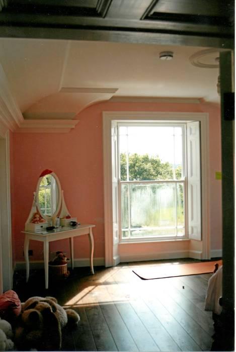 Widok - sypialnia Klasyczna sypialnia od Heliolux Design Klasyczny