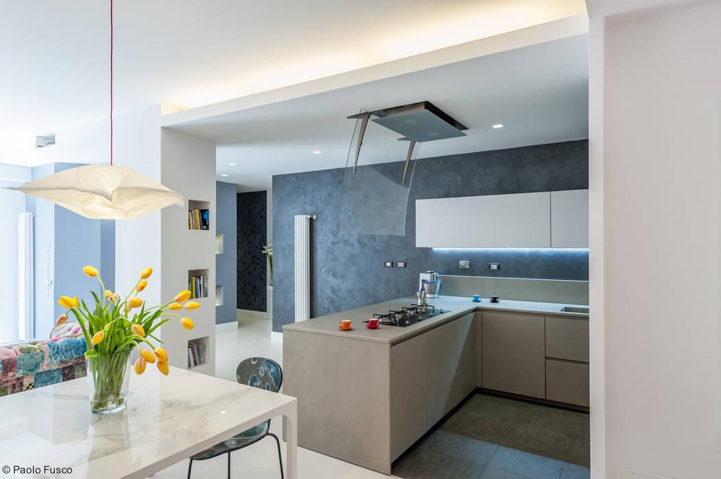 Cucina Cucina moderna di zero6studio - Studio Associato di Architettura Moderno