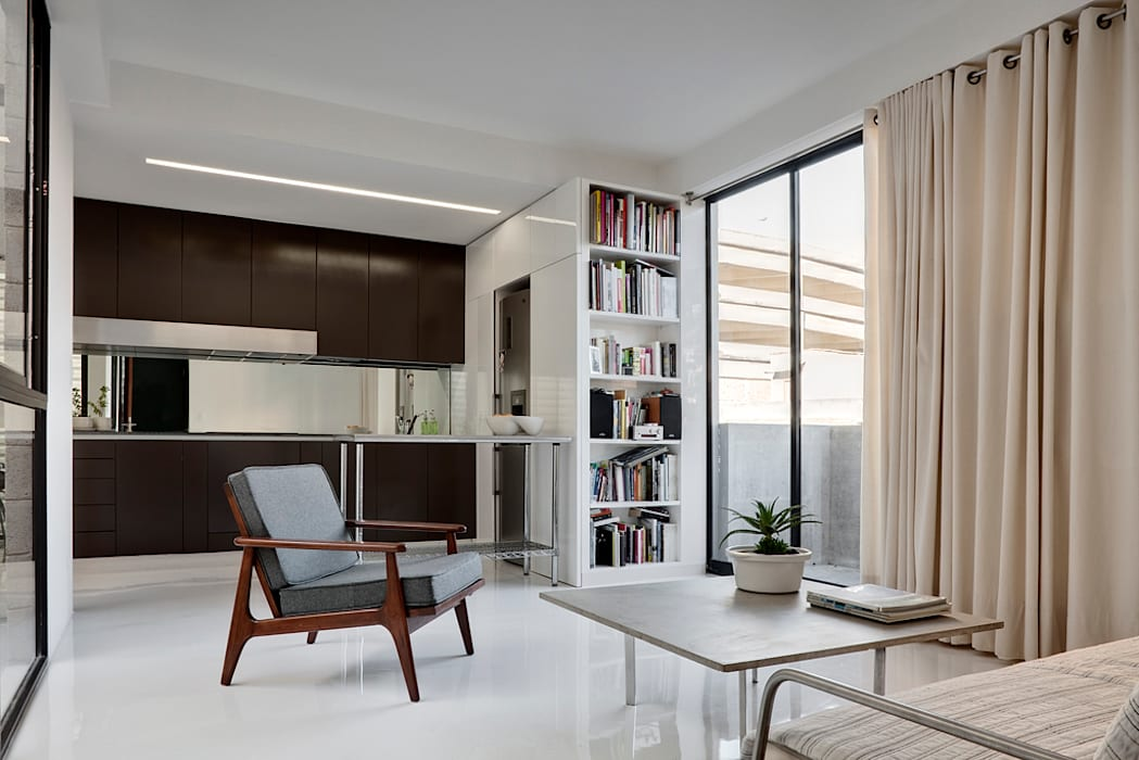 Modern Living Room by AT103 Modern