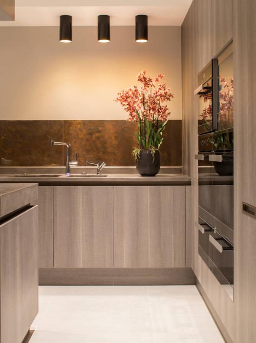 Eaton Mews North - Kitchen Modern kitchen by Roselind Wilson Design Modern