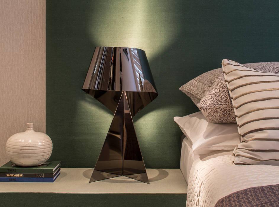 Eaton Mews North - Guest Bedroom by Roselind Wilson Design Modern