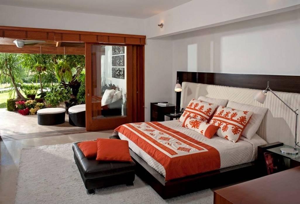 Taller Luis Esquinca Camera da letto moderna