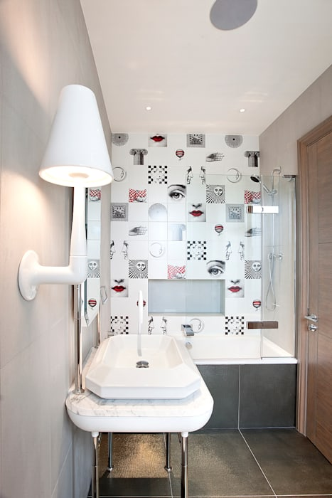 Bathroom:  Bathroom by Roselind Wilson Design
