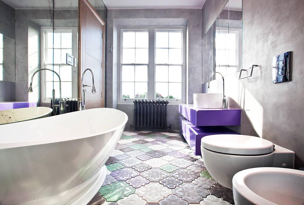 Bathroom:  Bathroom by Roselind Wilson Design