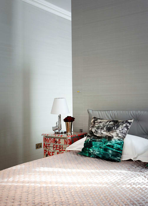 Bedroom : modern Bedroom by Roselind Wilson Design