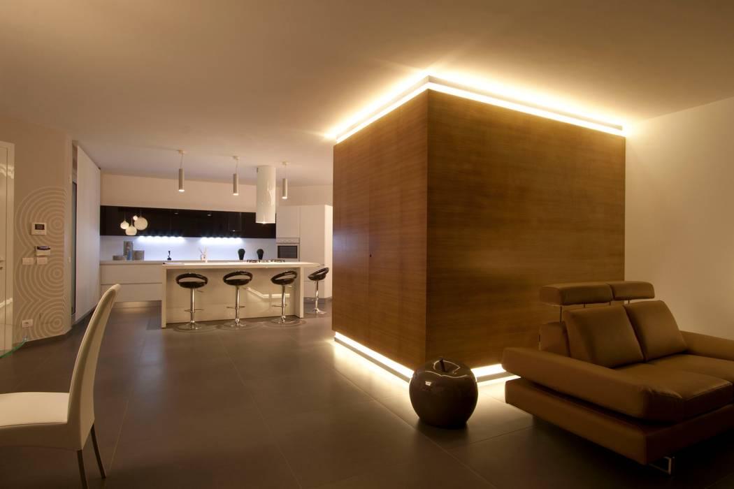 Paredes y suelos de estilo moderno de Laboratorio di Progettazione Claudio Criscione Design Moderno