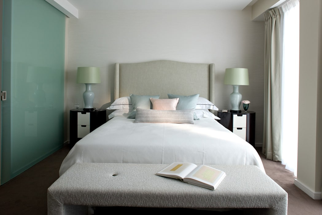 Master Bedroom Classic style bedroom by Roselind Wilson Design Classic