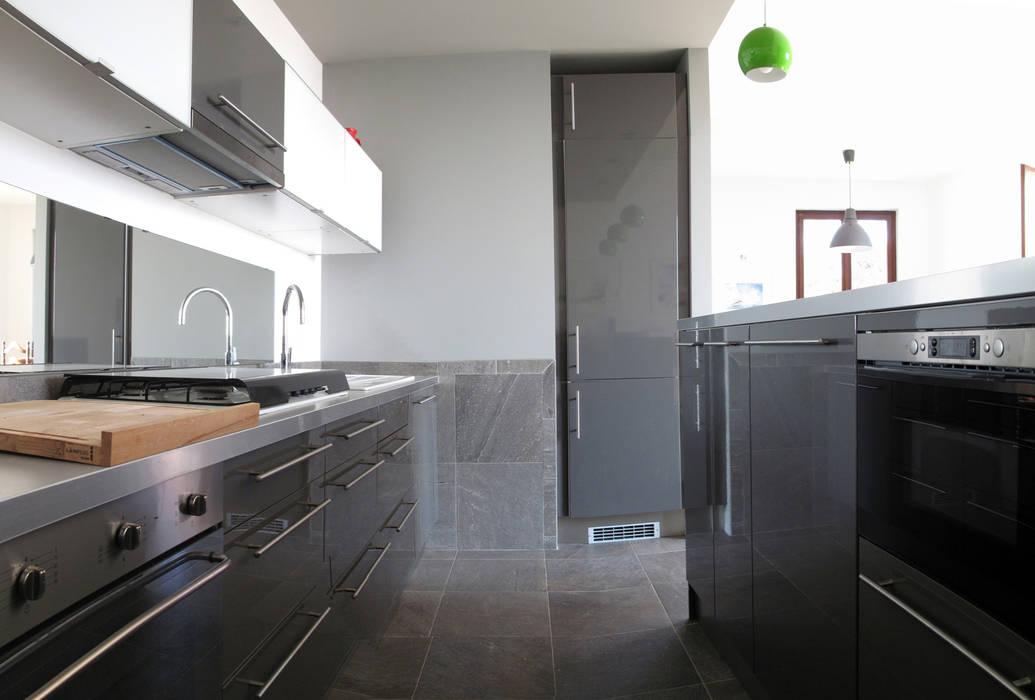 Villa Meina Cucina moderna di Matteo Verdoia Architetto Moderno