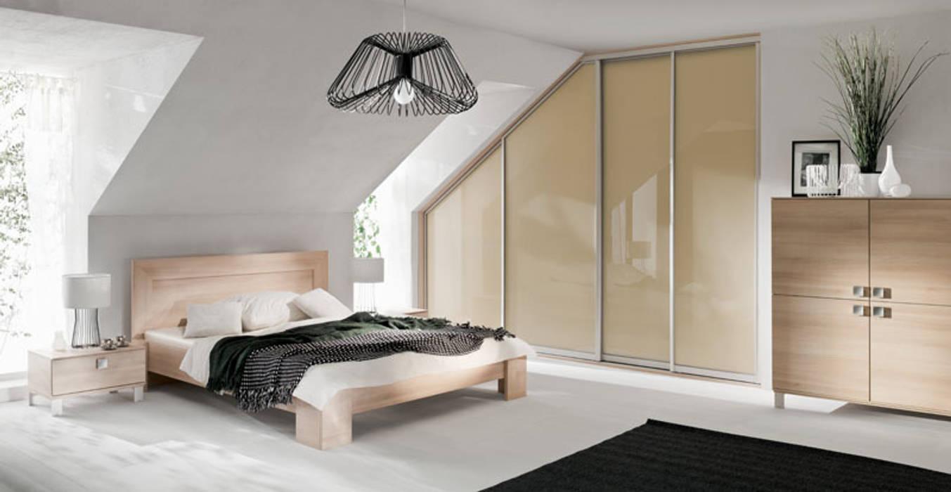 Dormitorios de estilo  por Sliding Wardrobes World Ltd,