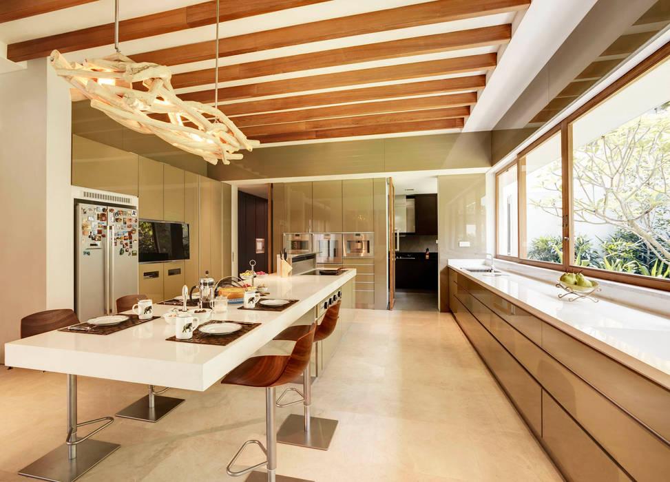 Tropische Wohnzimmer von ANSANA Tropisch