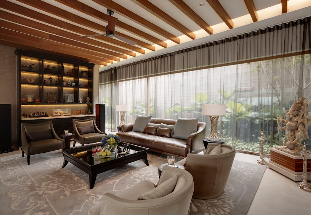 Luxurious Tropical Home:  Living room by ANSANA,
