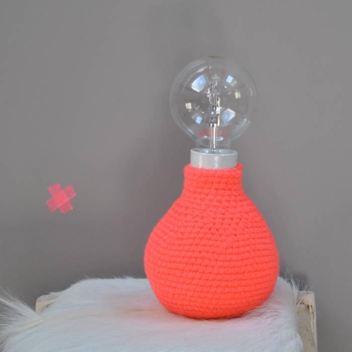 Lampe en crochet:  de style  par Repère des belettes