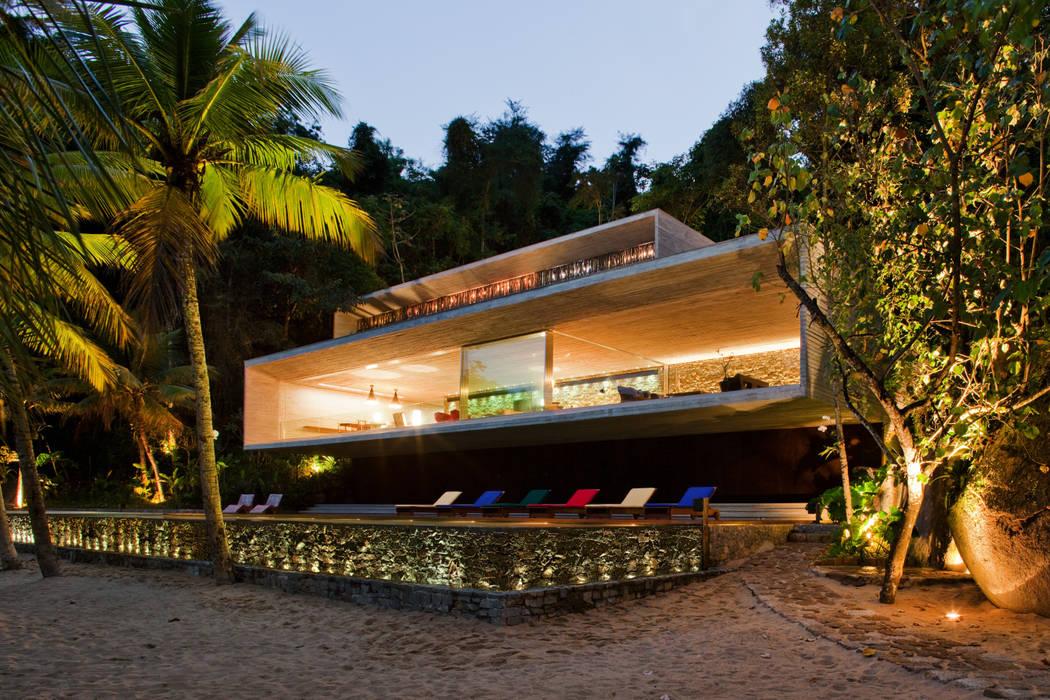 Houses by Studio MK27