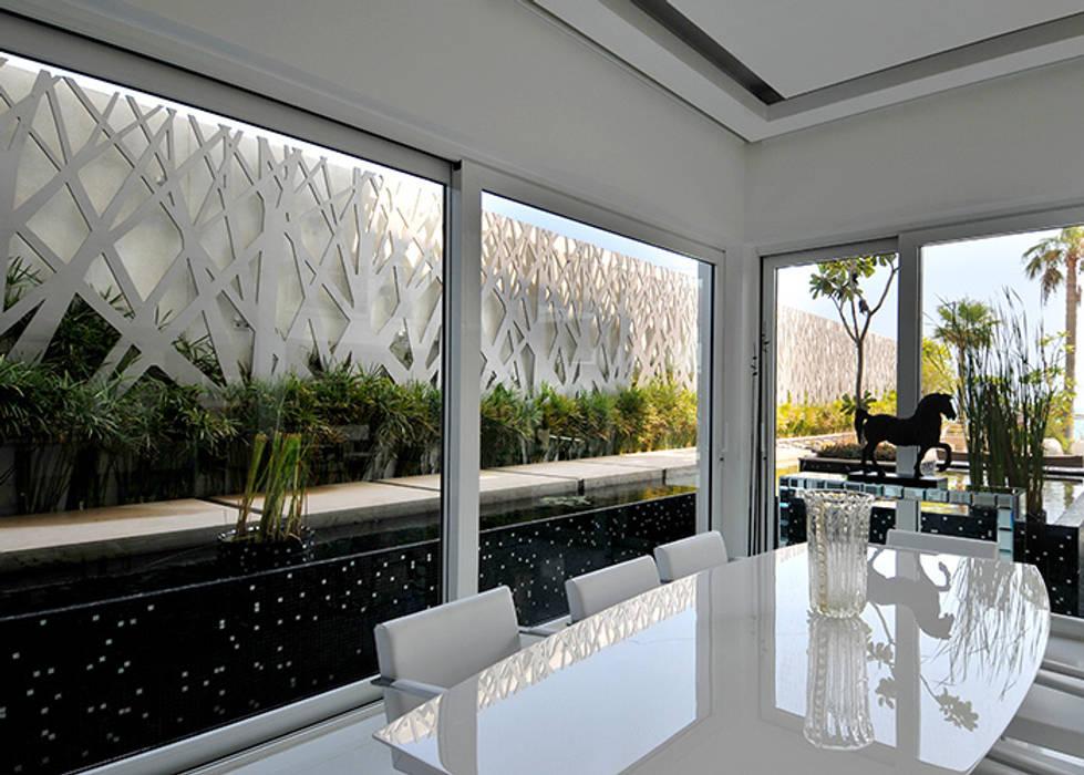 Zona pranzo Sala da pranzo moderna di Lo Studio Mammini Candido Moderno