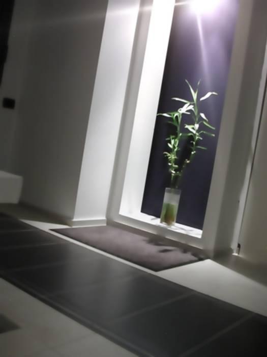 pontile Case in stile minimalista di ecoArchitettare Minimalista