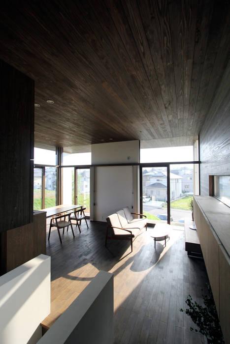 時空遊園 JIKOOYOOEN ARCHITCTS Salon moderne