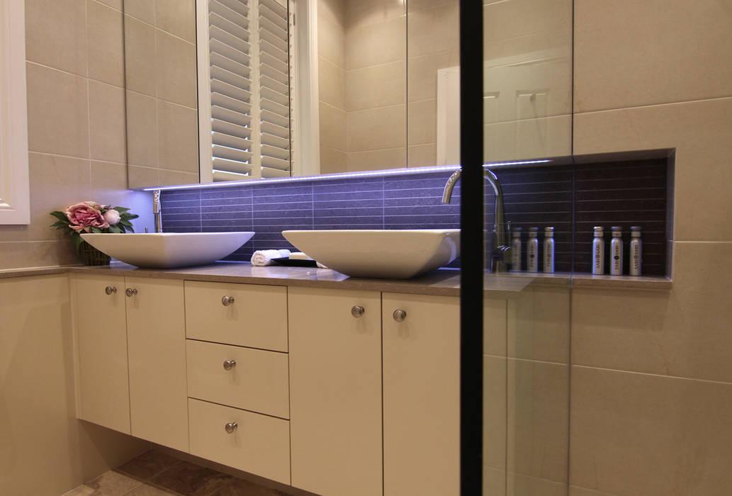 Apartment Renovation – Australia :  Houses by Corner-S Architectural Design (Australia), Modern