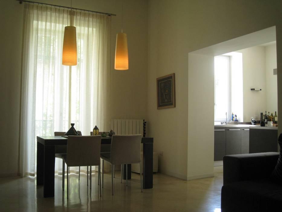 LIVING: Case in stile in stile Moderno di M@G  Architettura&Design