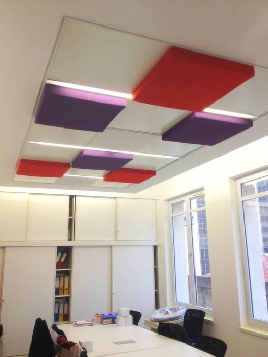 Salle de réunions Espaces de bureaux modernes par 3B Architecture Moderne