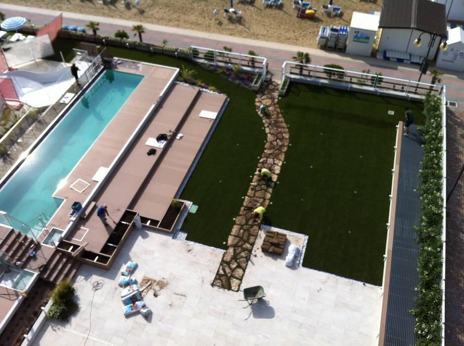 Piscina hotel Le Soleil di mauro oliveti architetto Mediterraneo
