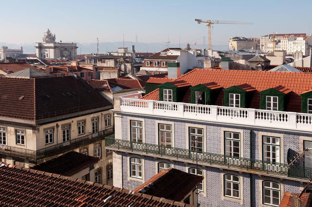 Casas de estilo  por José Adrião Arquitectos, Clásico