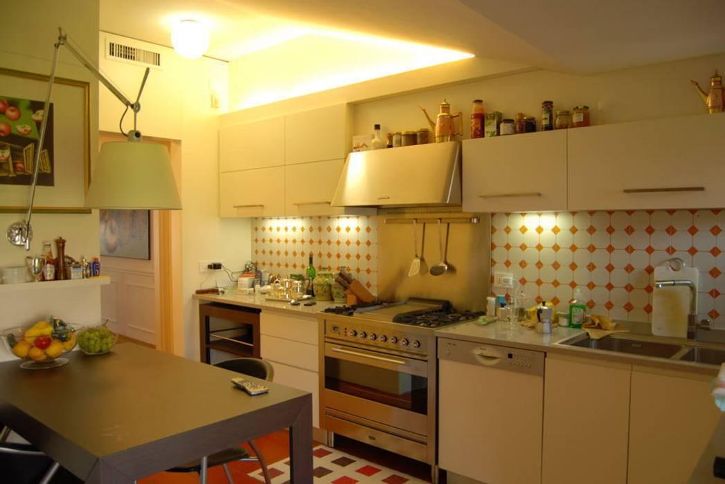 Cucina:  in stile  di progetto habitat