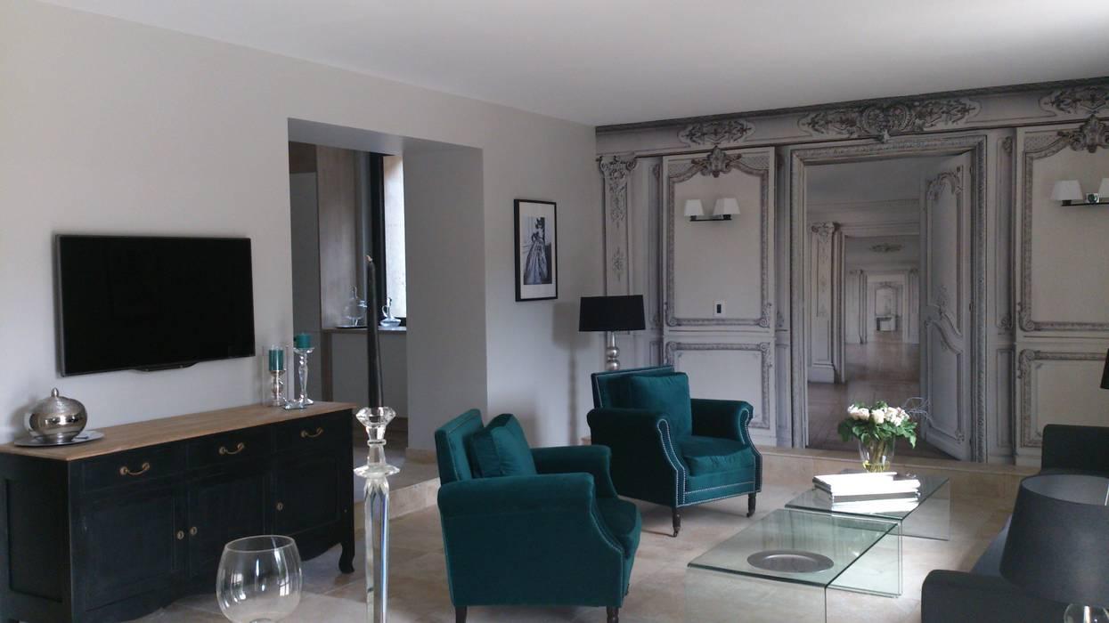 """Partie salon maison d'hôtes """" Pré Joly"""" : Maisons de style de style eclectique par AZ Createur"""