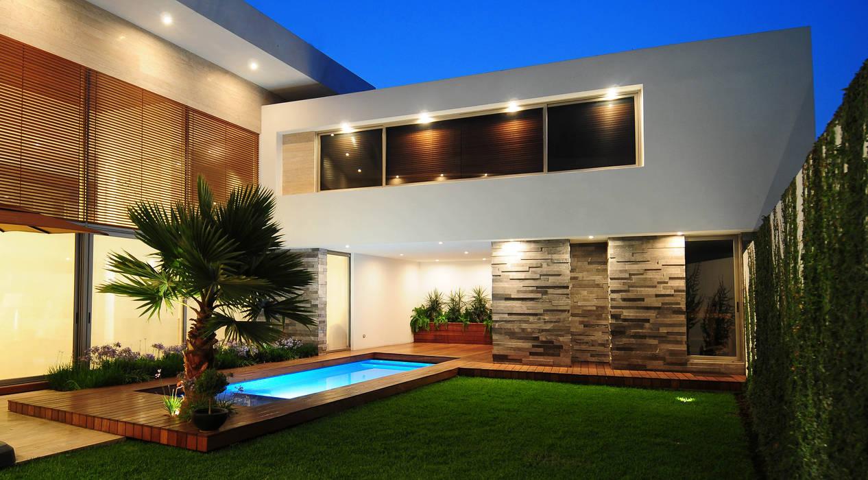 Casas de estilo  por ze|arquitectura, Moderno