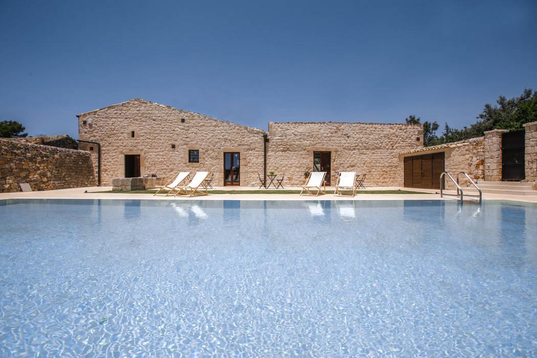 Casa Salina Giardino rurale di Viviana Pitrolo architetto Rurale
