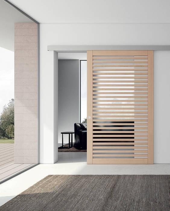 Couloir, entrée, escaliers modernes par MOVI ITALIA SRL Moderne