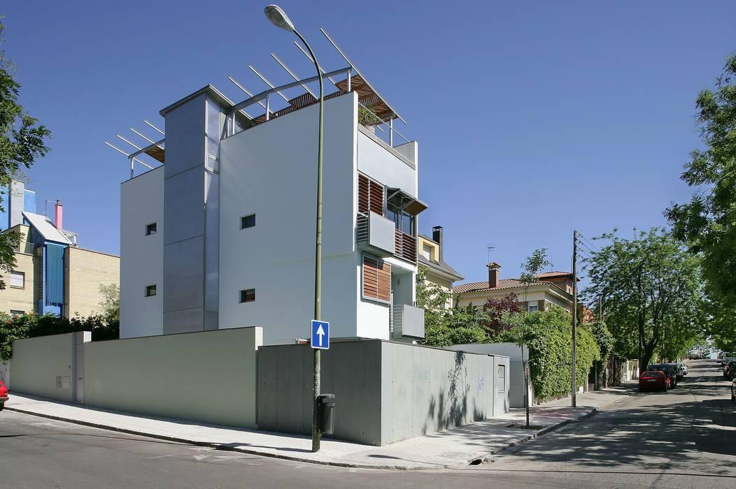 JoseJiliberto Estudio de Arquitectura Rumah Modern