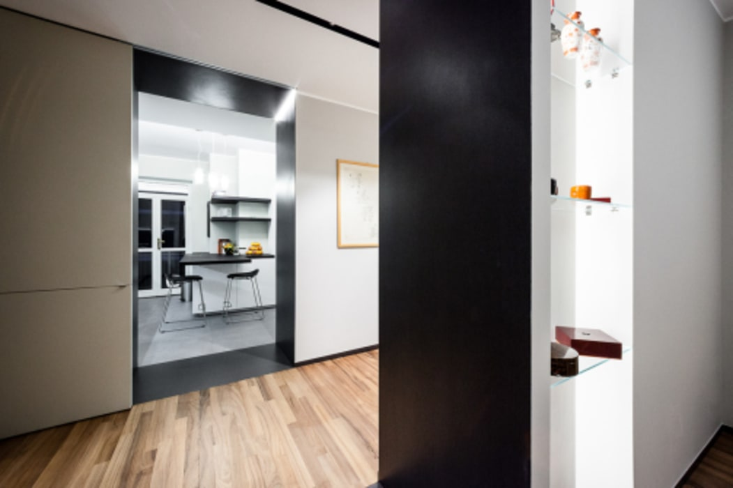 Casa Light Grey Cucina minimalista di 23bassi studio di architettura Minimalista
