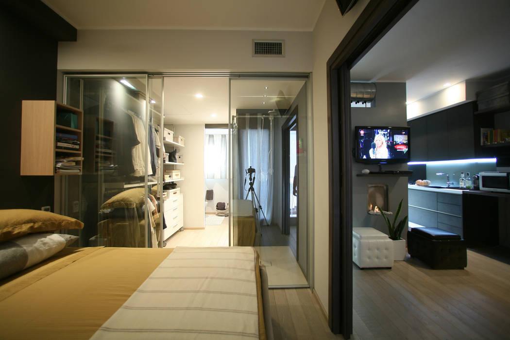 piccolo appartamento in città di pucci+saladino architects Moderno
