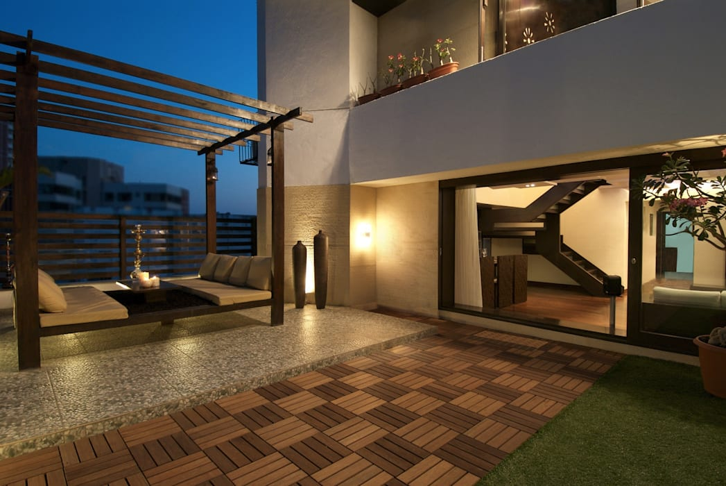 Indian Maharaja Baithak Minimalist balcony, veranda & terrace by homify Minimalist