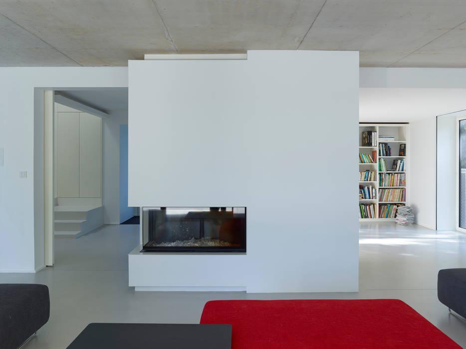 Maison B:  de style  par Jacques Boucheton Architectes