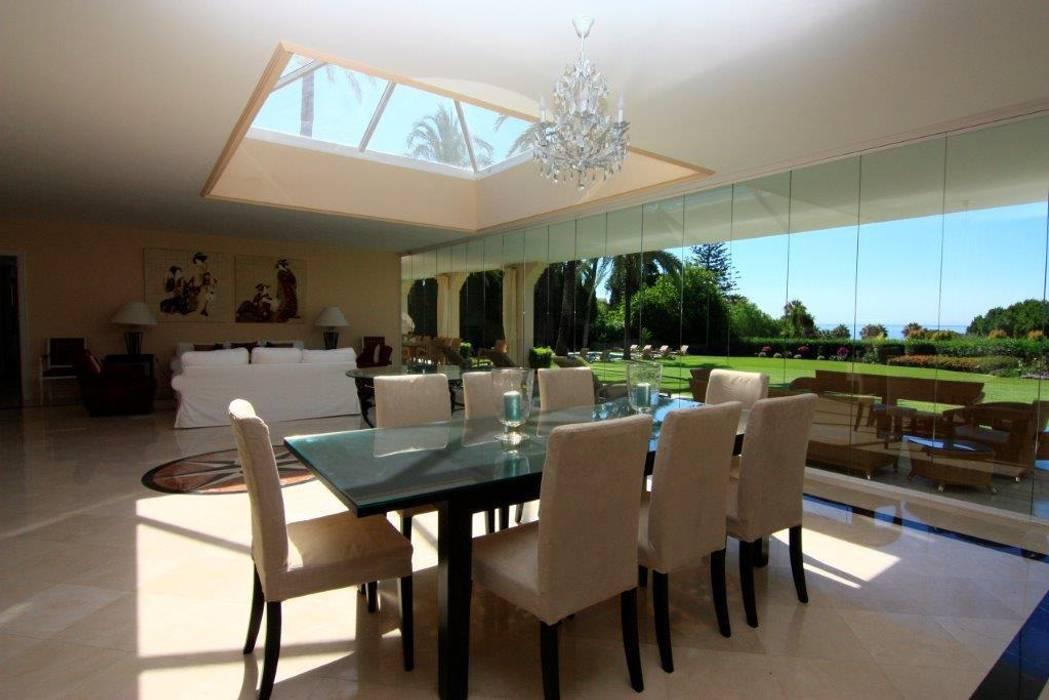 Comedor Comedores de estilo clásico de Bernadó Luxury Houses Clásico