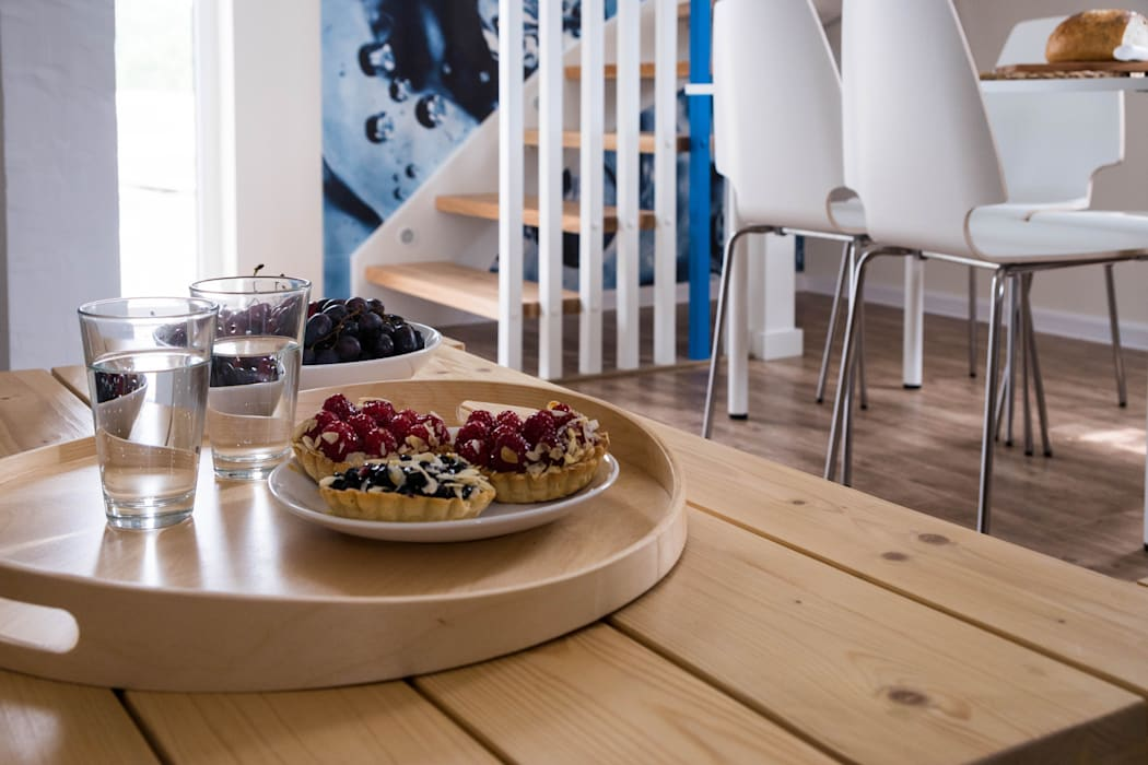 Domek - Woda: styl , w kategorii Hotele zaprojektowany przez Ewa Weber - Pracownia Projektowa